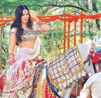 Katrina_Kaif___Imran_Khan_shoot_a_wedding_sequence_near_Taj_Mahal2C_Agra_28129