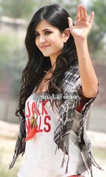 Katrina_Kaif_and_Imran_Khan_shoot_a_scene_near_Taj_Mahal2C_Agra_2011