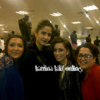 l3_Katrina_Kaif_on_the_sets_of_Yash_Chopra_s_Next_in_London_28229