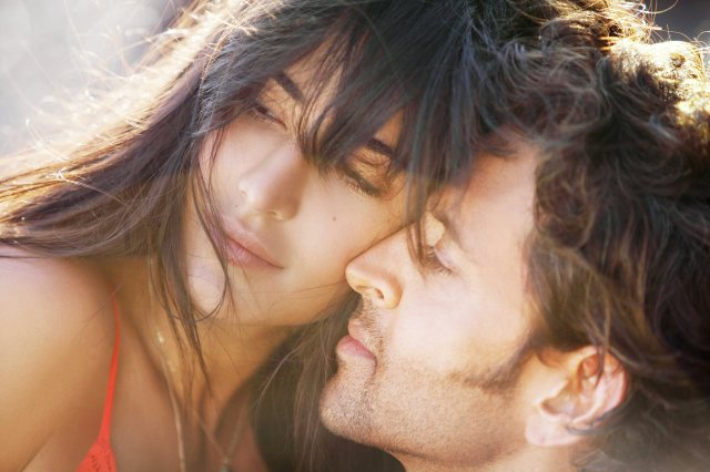 Katrina_Kaif_and_Hrithik_Roshan_in_Bang_Bang